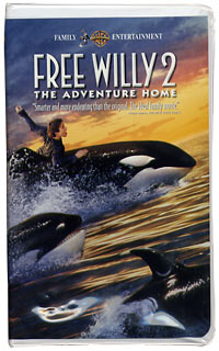 Free Willy 2 The Adventure Home (VHS)